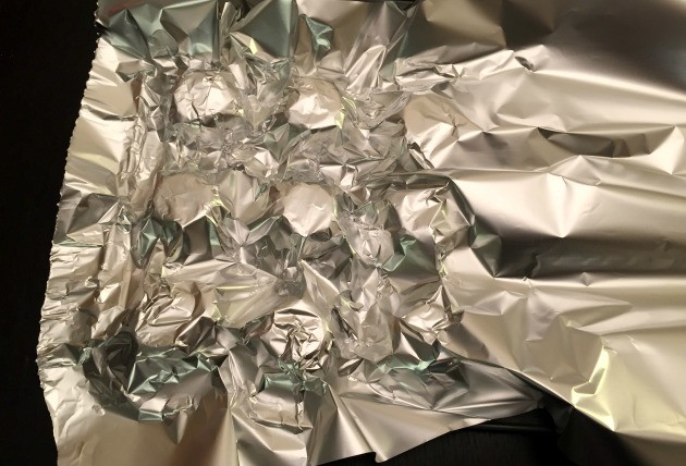 Easy Tinfoil Cupcake Tray